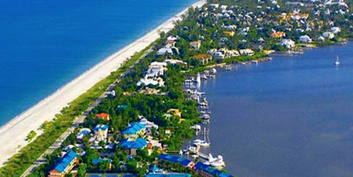 couples getaway to captiva island